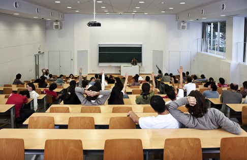 lecture_theatre_16097551_article