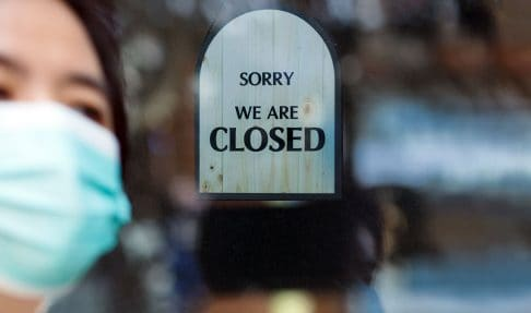 Closed shop sign due to COVID-19